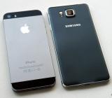 Nên mua iPhone 5s hay Samsung Galaxy Alpha?